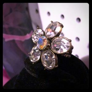 EUC Rhinestone Flower Ring